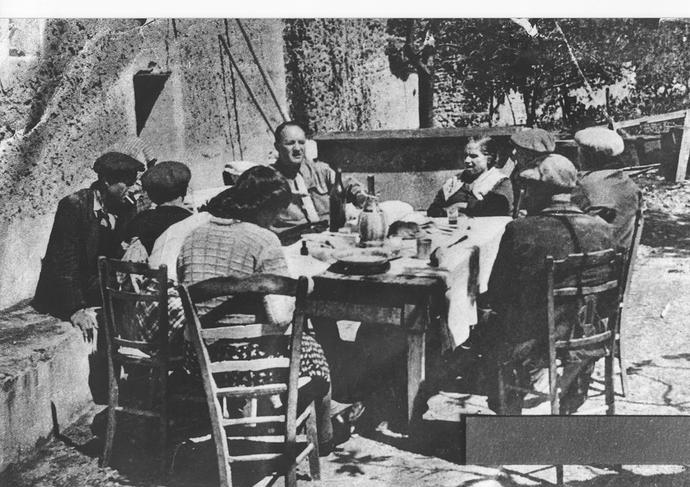 stern-pranza-dai-giuliano-8-maggio-1947